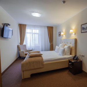 3 lux room-min